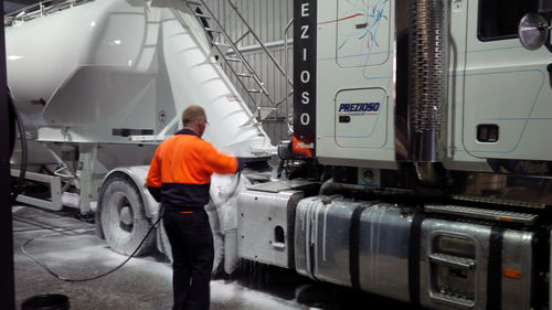 Truck being washed 01