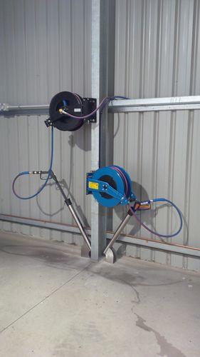 Wash bay hose reels foam + high pressure